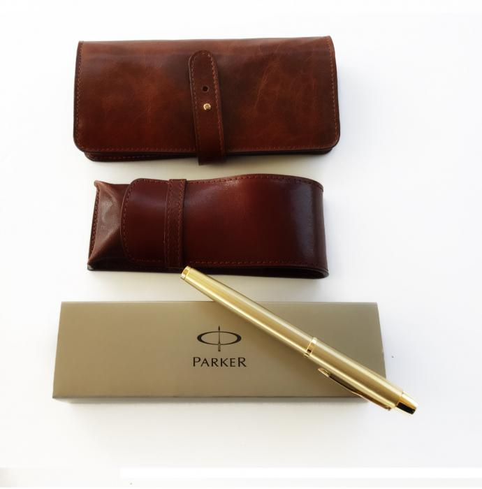 Cadou Businessman by Parker cu stilou placat cu Aur de 24 Kt-big