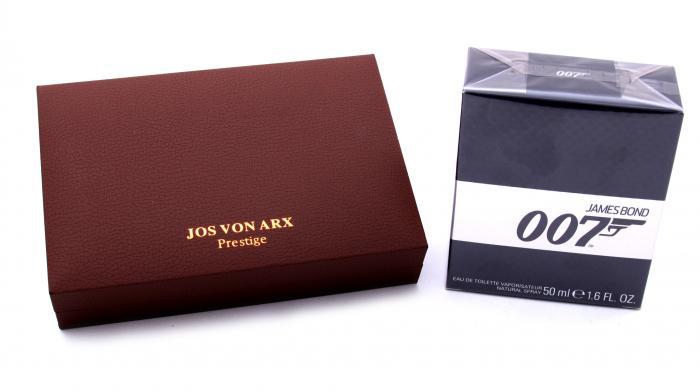 James Bond 007 British Accessories by Jos Von Arx 1