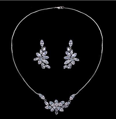 Set Borealy Crystals Colier si Cercei Delice Luxury 1