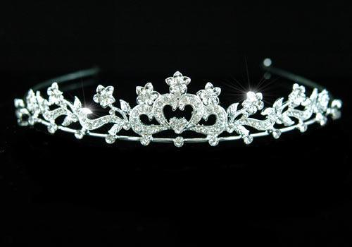 Tiara Borealy Bridal Heart Crystal 0