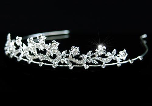 Tiara Borealy Bridal Heart Crystal 2