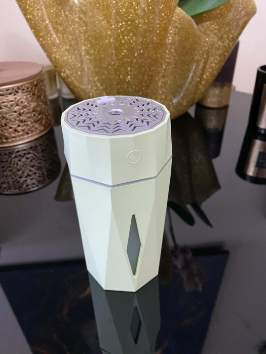 Umidificator Ultrasonic Diamond Shaped by Borealy, 7 x 15 cm [3]