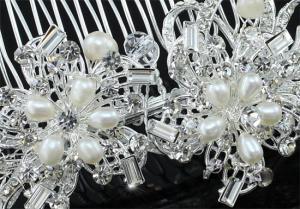 Agrafa Borealy Natural Pearls Bouquet2