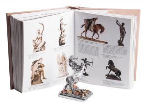 Carte: 30 Millennia of Sculpture (in limba engleza), 544 pagini [2]