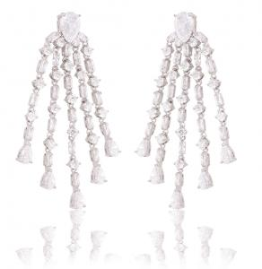 Cercei Borealy Long Crystal Elegance