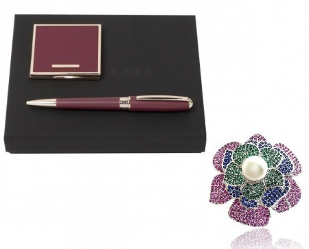 Set Cadou Lady Burgundy, Oglinda si Pix Hugo Boss, si Brosa Blooming0