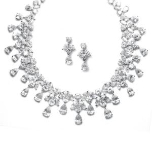 Set Borealy Simulated Diamonds Spectacular Luxury0