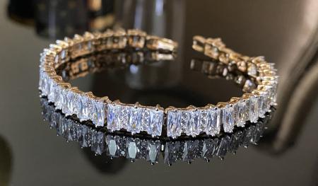 Brăţară Long Crystals Gold1