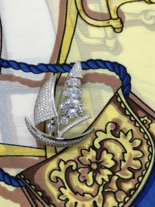 Brosa Sailing Boat by Borealy & Esarfa Borealy1