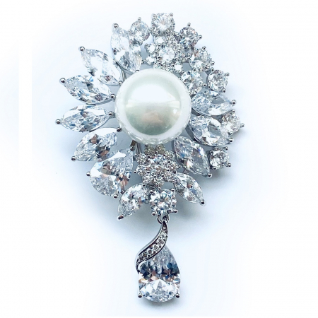 Brosa Pearl Blooming0
