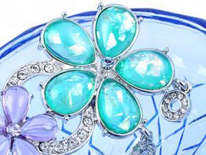 Broşă Flowers Turquoise & Purple Crystal Borealy1