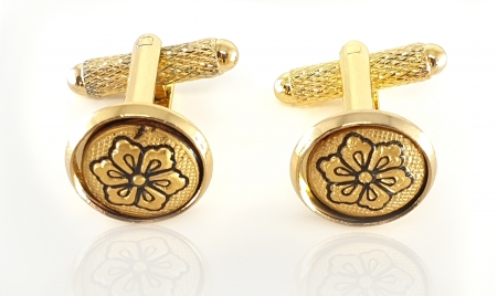 Butoni Gold Flower by Credan - Made in Spain0