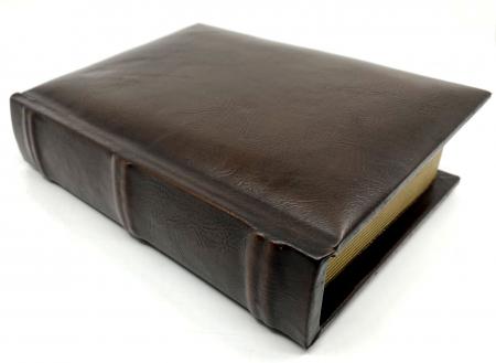 Cadou Leather Book - Cutie de Depozitare si Agenda by Borealy2