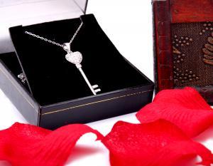 Cadou Angel of Love & Key Pendant Argint 9252