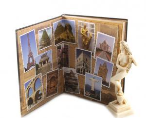 Cadou Minunile Lumii & Statueta Venus1