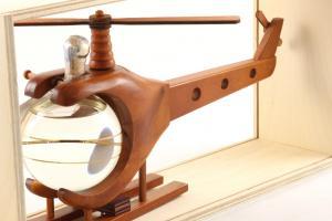 Machetă Elicopter din Lemn cu Ţuică de Prune [1]