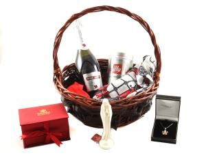 Elegant Lady Gift Basket3