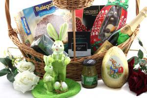 Easter Deluxe Gift Basket1