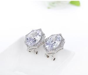 Cercei Borealy Round Diamonds2