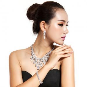 Cercei Borealy Swiss Diamond Cinderella1