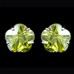 Cercei Borealy Sapphire Studs Flower Cut Lime Green5