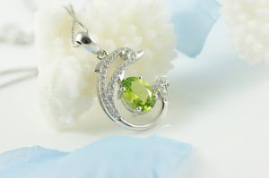 Colier Dolphin Peridot Natural Argint 925 by Borealy1