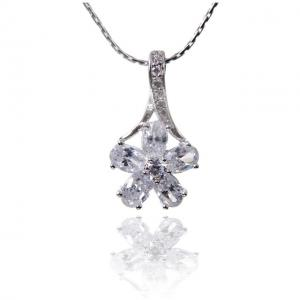 Colier Borealy Diamonds Fleur2