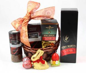 Remy Martin Luxury Gift Basket0