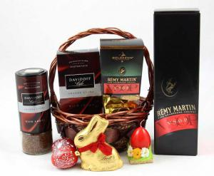 Remy Martin Luxury Gift Basket1
