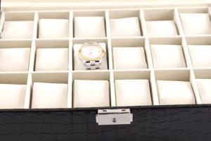 Cutie 18 ceasuri piele Black2