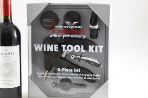 Rabbit Wine Tool Kit & Melini Chianti1