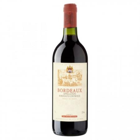 Cutie Vin Black cu 4 Accesorii Bordeaux1