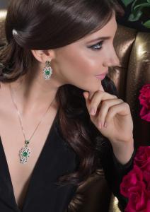 Dantelle Emerald Set by Borealy2
