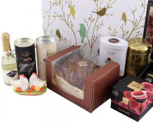 Deluxe Easter Gift Box, cu Trufe de Padure si Sampanie cu Aur4