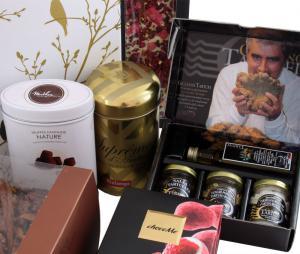 Deluxe Easter Gift Box, cu Trufe de Padure si Sampanie cu Aur2