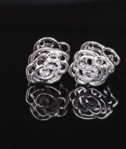 Double Roses White Set cercei si colier3