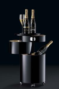 Moet & Chandon Bar Boy - Bar Mobil Luxury0