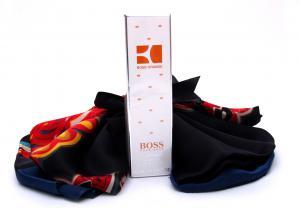 Hugo Boss Orange & Scarf0