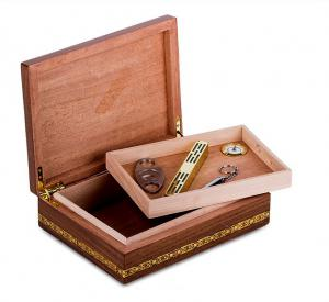 Set Humidor Wiston Churchill by Credan si Butoni Gold Round by Credan2