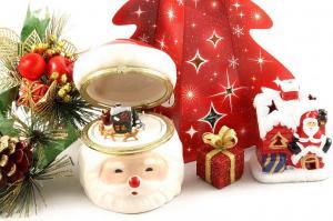 Cadou Cutie Muzicală Santa Claus1