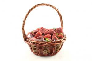 Strawberries Basket2