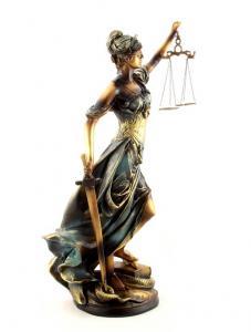 Zeiţa Justiţiei 30 cm2