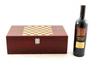 Cutie de Vin cu Accesorii si Sah6