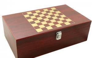 Cadou Wine 2004 & Chess3