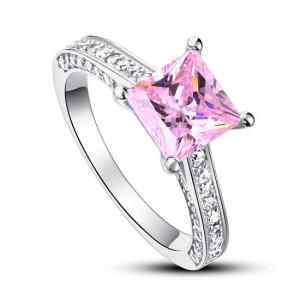 Inel Borealy Argint 925 Simulated Diamond 1.5 Carat Princess Cut Fancy Pink Mărimea 7