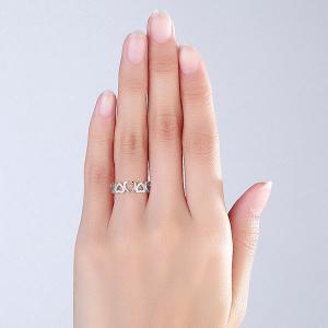 Inel Borealy Aur Alb 14 K Natural Diamonds Hearts Drawn5
