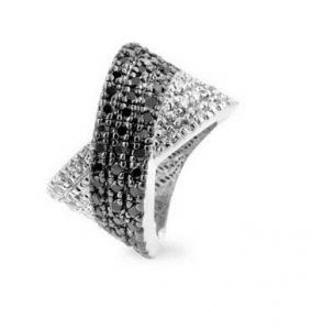 Inel Black & White Diamonds0