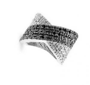 Inel Black & White Diamonds4