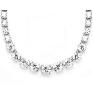 Majestic Medalion şi cercei Diamonds1