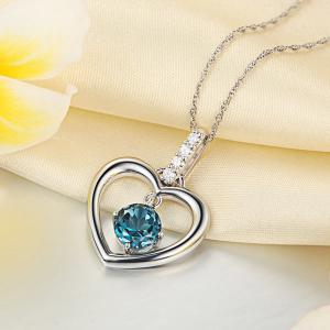Pandantiv Borealy Aur Alb 14 K Topaz Natural London Blue Heart1